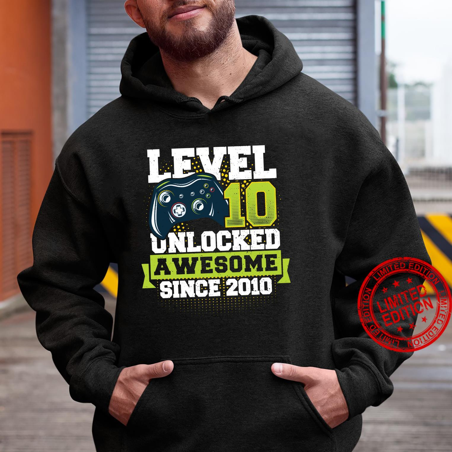 Gaming Level 10 Unlocked Awesome Since 2010 2010 Langarmshirt Shirt hoodie
