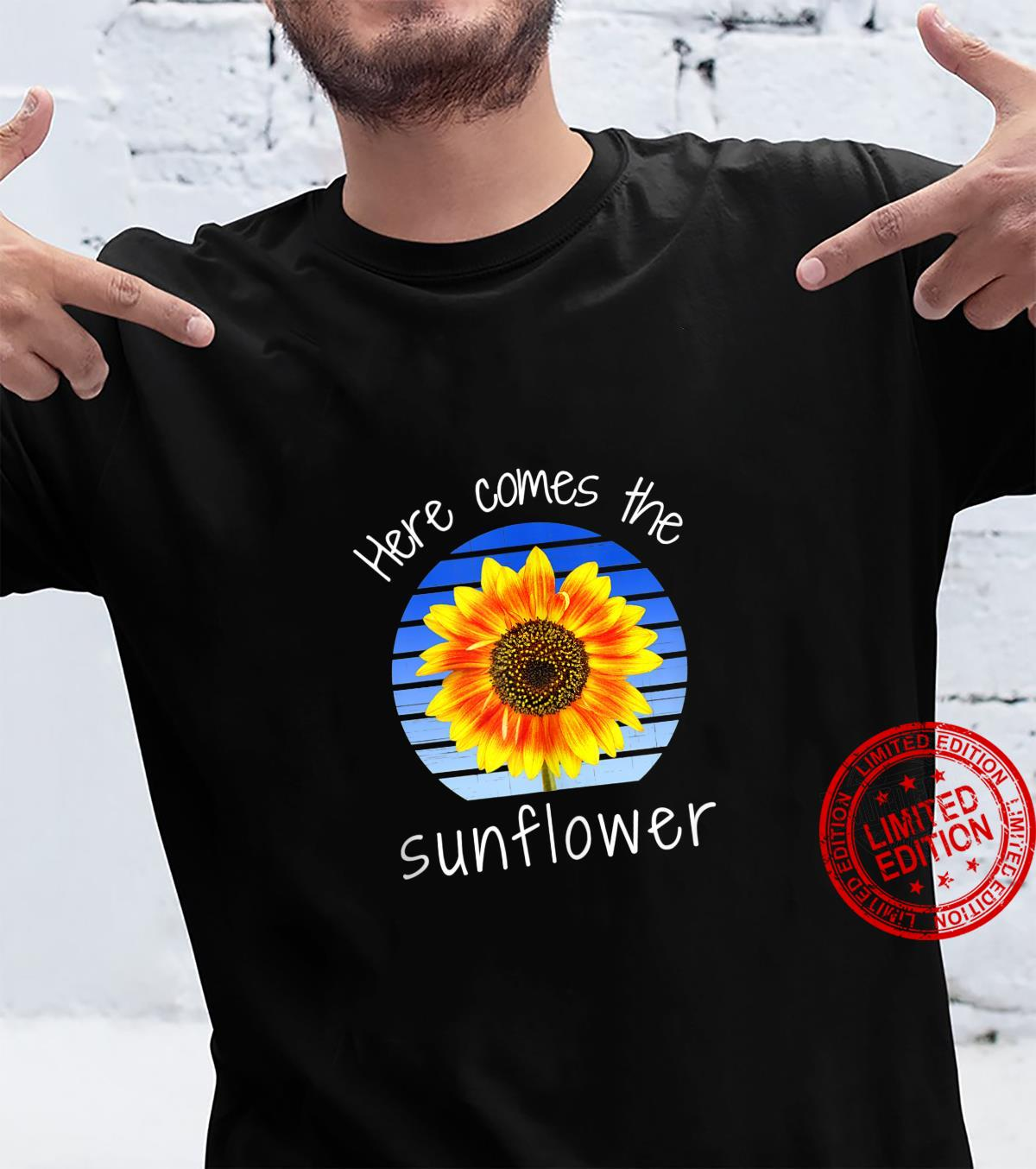 Vintage Retro Here Comes the Sunflower Novelty Shirt