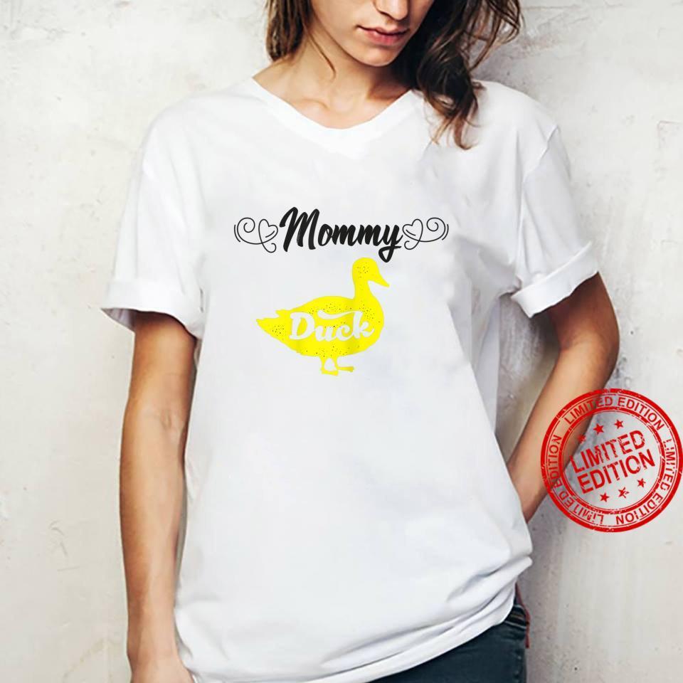 Womens Mommy Duck Mom Ideas For Cute Duckss Shirt ladies tee