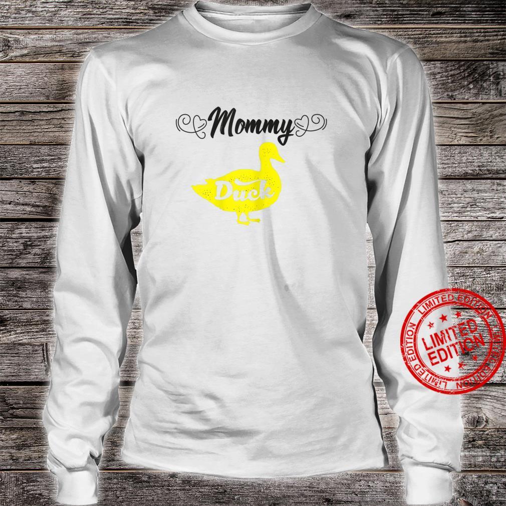 Womens Mommy Duck Mom Ideas For Cute Duckss Shirt long sleeved
