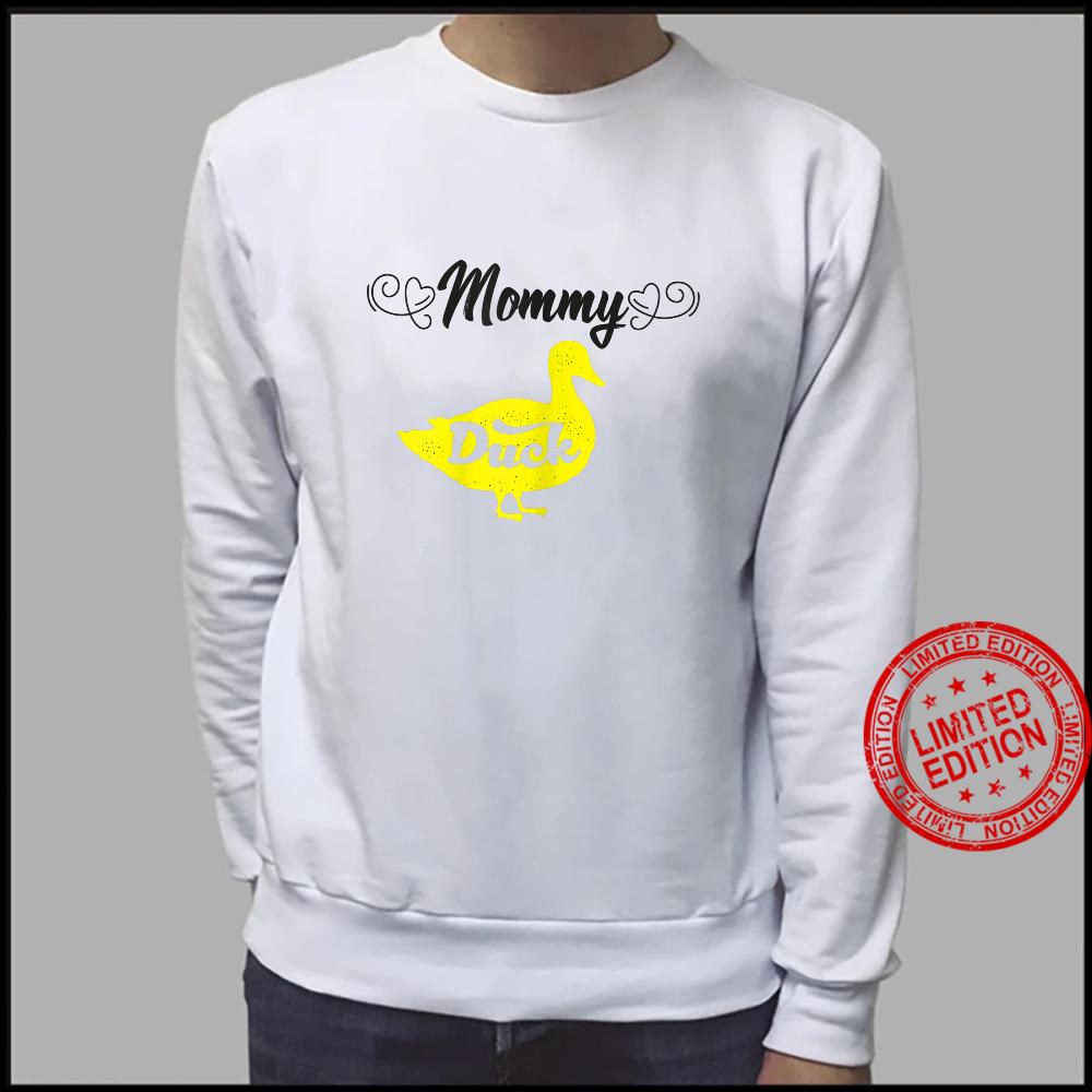 Womens Mommy Duck Mom Ideas For Cute Duckss Shirt sweater